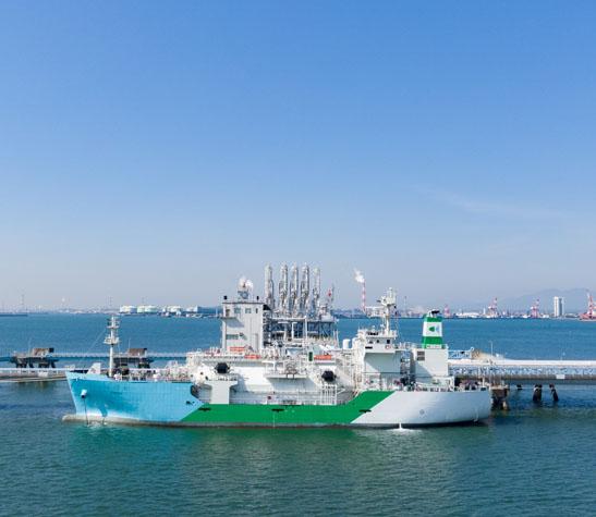 LNG燃料供給船運航